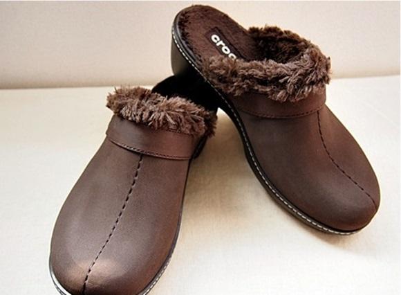 crocs-cobbler-buffed-lined-clog (12)