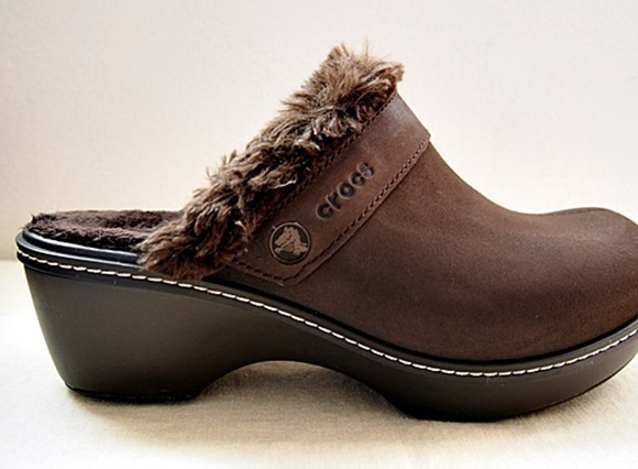 crocs-cobbler-buffed-lined-clog (9)