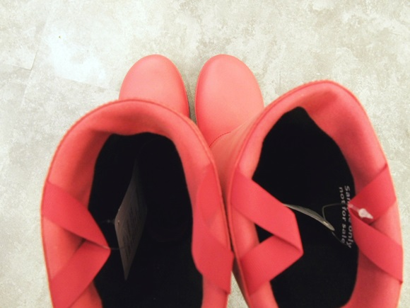 crocs-rain-floe-boot-w (1)