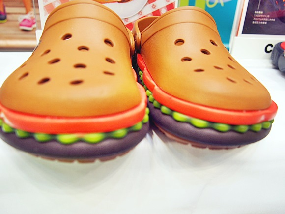 crocband-hamburger-clog (10)