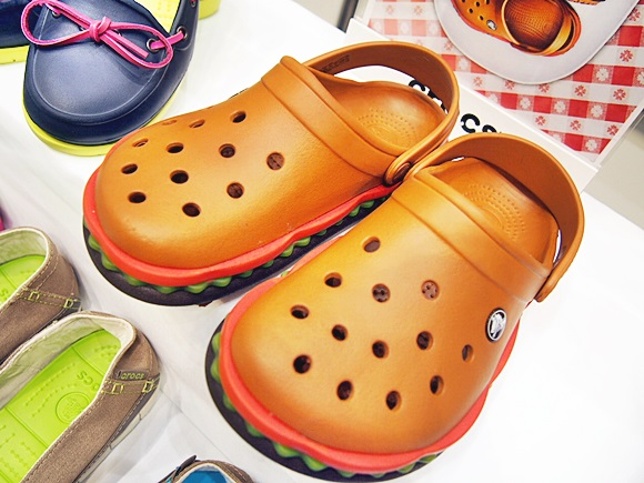 crocband-hamburger-clog (8)