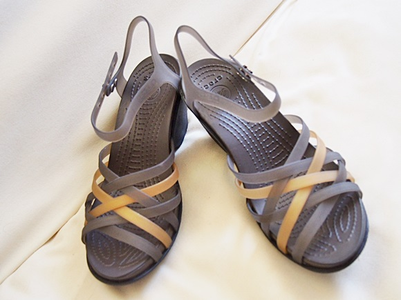 crocs-huarache-sandal-wedge-w-2 (5)