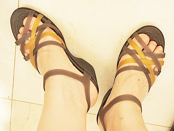 crocs-huarache-sandal-wedge-w-2 (7)