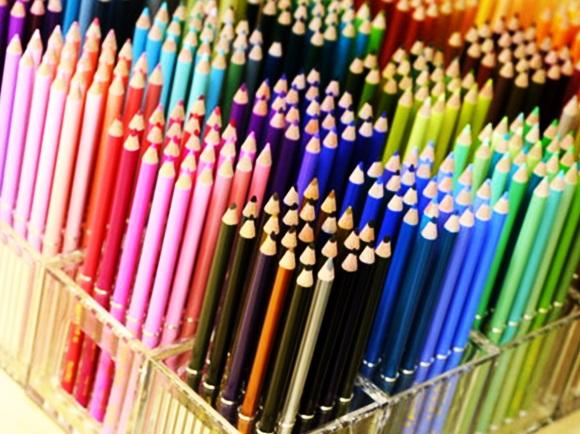 FELISSIMO フェリシモの500色の色えんぴつ felissimo-colorpencil