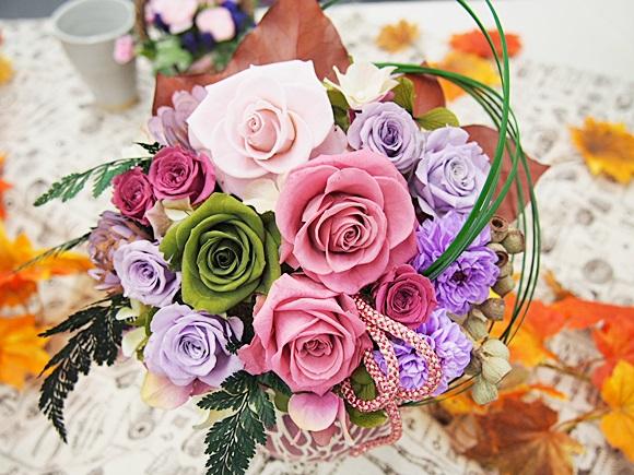感謝と尊敬を込めて敬老の日に秋らしいお花を贈りましょう