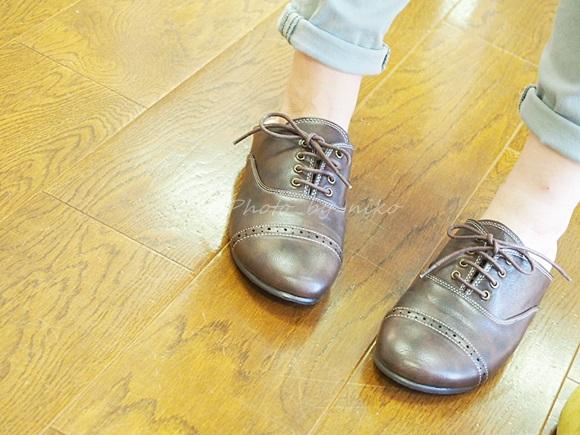 革靴のカッチリ感とスリッパの楽チン感のフェリシモ スニッパ