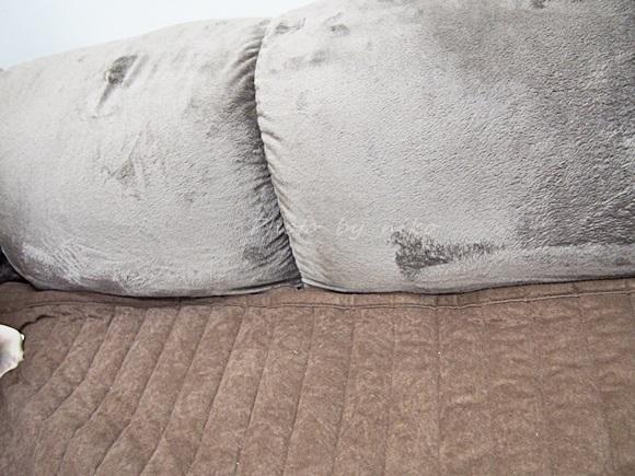 bellemaison-corner-cushion (9)