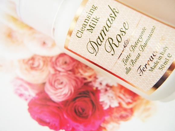terracuore-damask-rose-cleansing-milk (12)