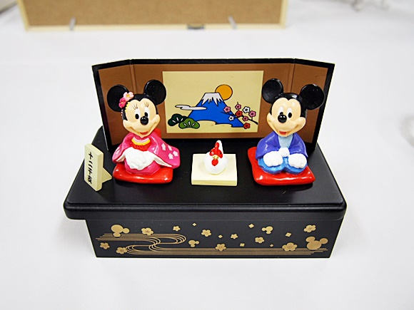 disney-calendar-new-year-goods-3