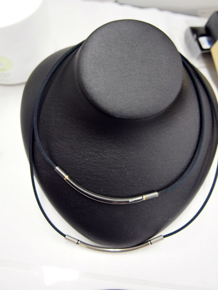 phiten-rakuwa-necklace-metax-round-2