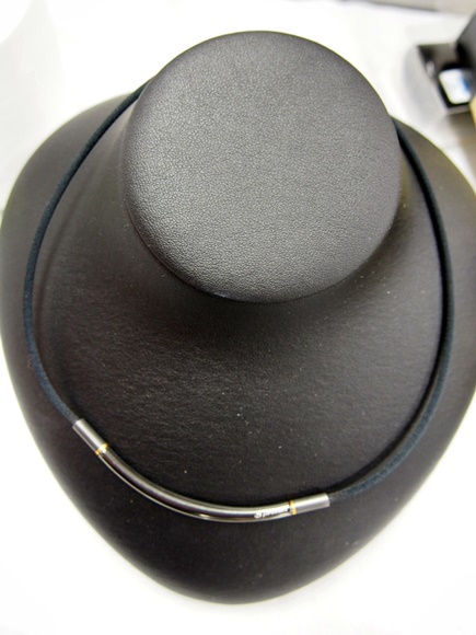 phiten-rakuwa-necklace-metax-round-5