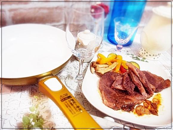 セラフィット プレミア ショップジャパンのスベ~ル フライパンのステーキレシピ